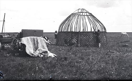 yurt-in-1908
